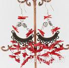 红珊瑚刺耳环