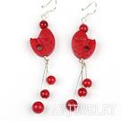 红漆木耳环