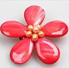 西瓜红色珍珠贝壳花胸针