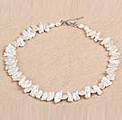 白色棍状再生珍珠项链