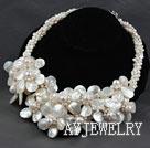 珍珠白蝶贝花朵项链