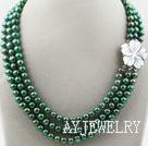 三排染色绿色珍珠项链