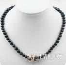 黑珍珠琉璃项链