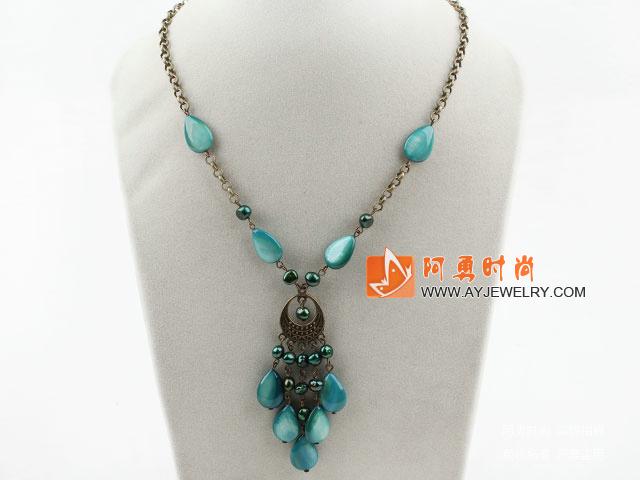 珍珠贝壳项链