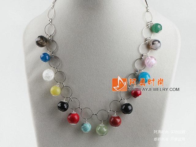 多宝石项链(颜色不定)