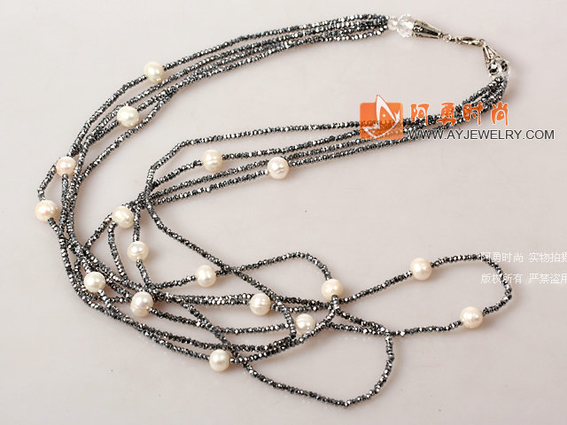 多层款白珍珠银灰色水晶项链