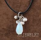 珍珠蛋白石项链