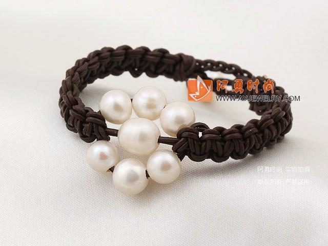 天然白珍珠手链 皮绳编织款