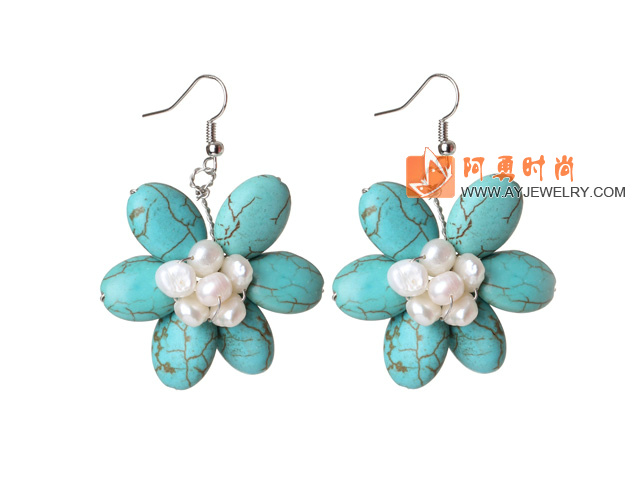 珍珠松石花朵耳环