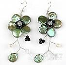 橄榄绿纽扣珍珠水晶花朵耳环