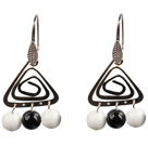 黑玛瑙白瓷石耳环
