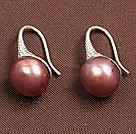 简约金粉色珍珠耳环