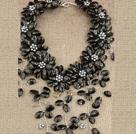 黑色系珍珠花朵项链