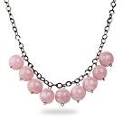 粉色亚克力圆珠项链