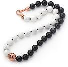 白瓷石黑玛瑙项链 简约单层圆珠款