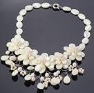 珍珠 白蝶贝壳花项链 配合金扣