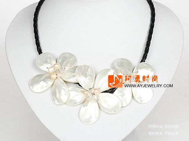 白色珍珠水晶贝壳花项链