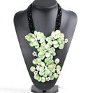 珍珠水晶贝壳花项链
