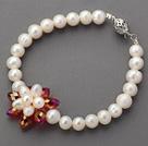 白珍珠水晶花手链