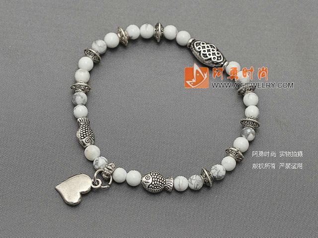 白松石手链配藏银桃心 精致细小 单圈圆珠带坠弹力线款