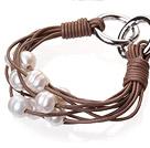 天然白色珍珠手链 配棕色皮绳 多层皮绳款