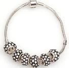 时尚黑色欧洲珠串珠手链